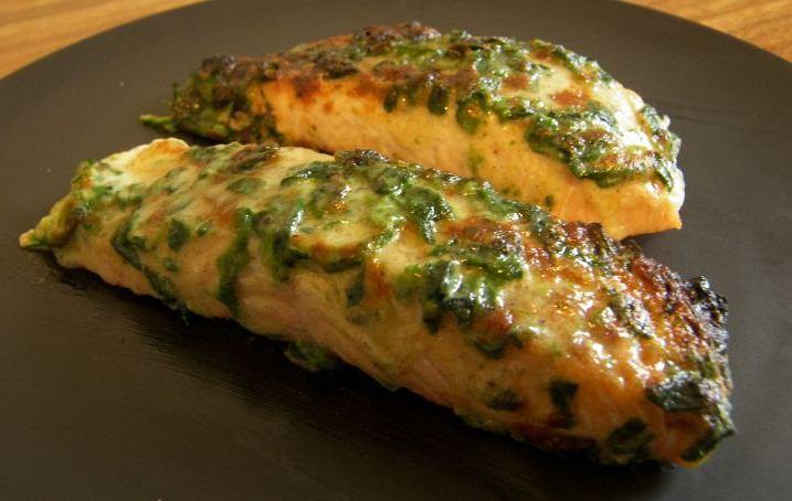 İtalyan Usulü Parmesan Peynirli Ispanaklı Izgara Somon Fileto