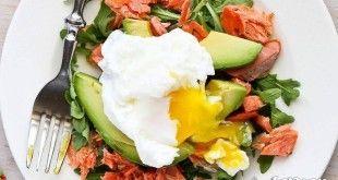 Avokadolu Somon Füme Salatası