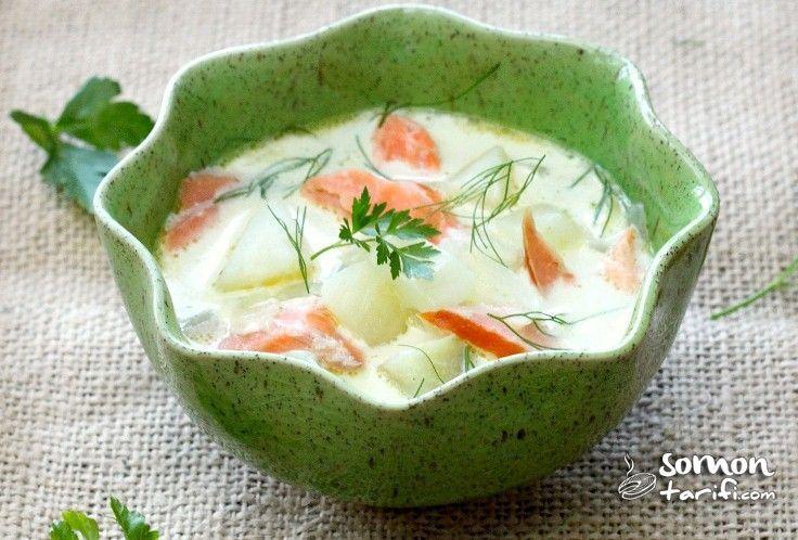 Sebzeli Somon Füme Çorbası