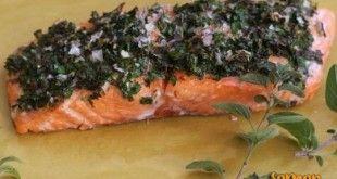 Fırında buharda pişmiş baharatlı somon tarifi